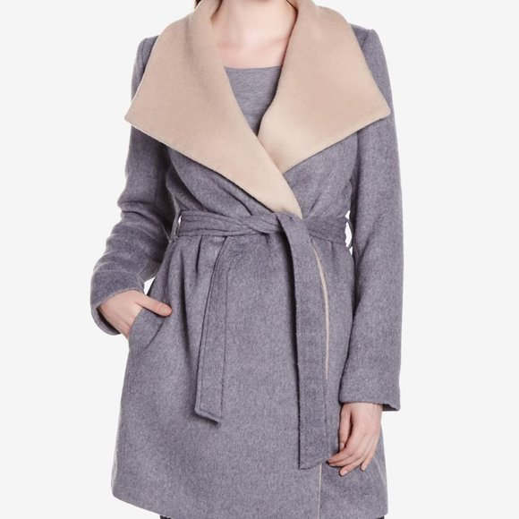 Wool coat wrap with snap buttons